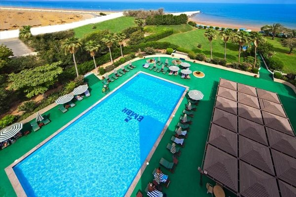 Bin Majid Beach Hotel - фото 20