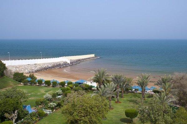 Bin Majid Beach Hotel - фото 22