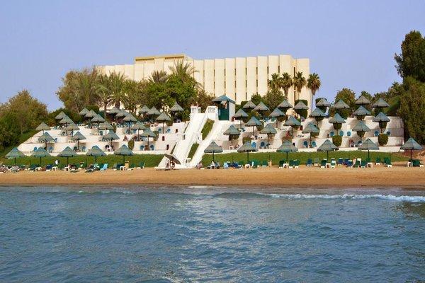 Bin Majid Beach Hotel - фото 23