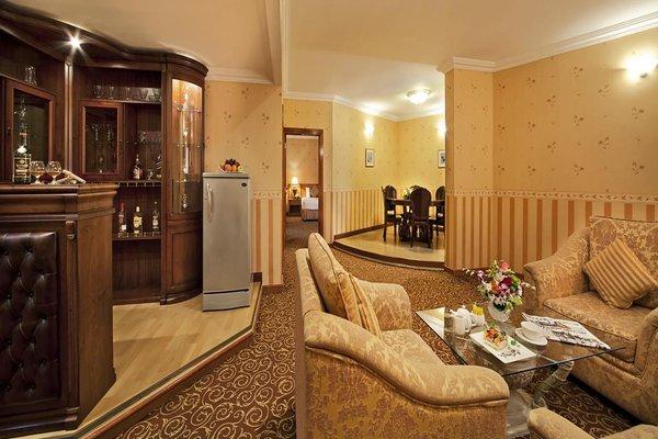 Bin Majid Beach Hotel - фото 7