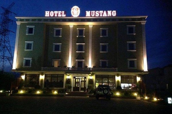 Hotel Mustang - 23