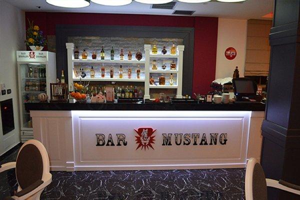 Hotel Mustang - 9