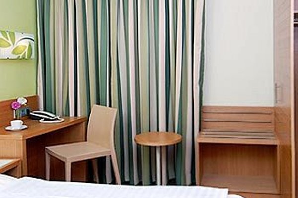 Business & Budget Hotel Tessin - фото 50