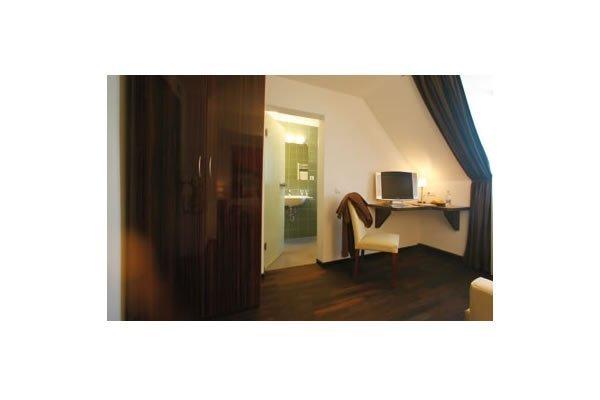 Helvetia Hotel Munich City Center - фото 19