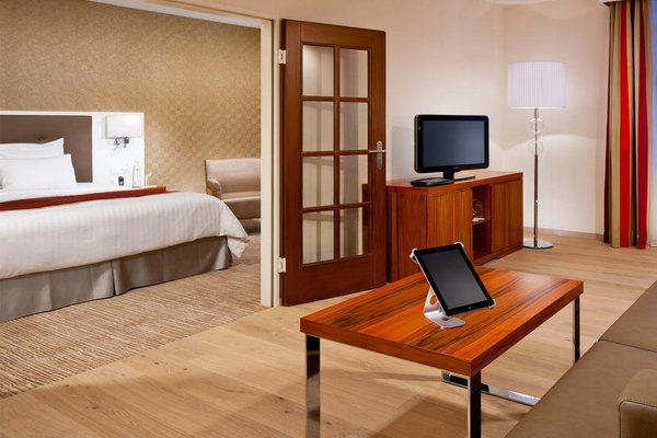 Munich Marriott Hotel - фото 4