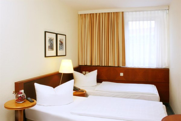 Best Western Hotel Leipzig City Center (ех. Holiday Inn Garden Court Leipzig) - фото 24