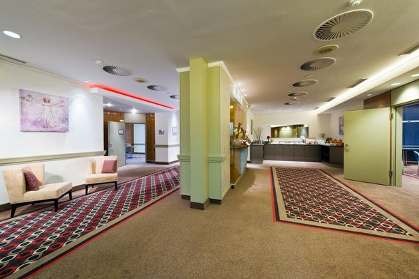 Leonardo Hotel Hannover Airport - фото 16