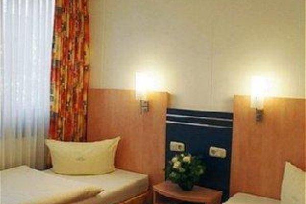 AAA Budget Hotel - фото 50
