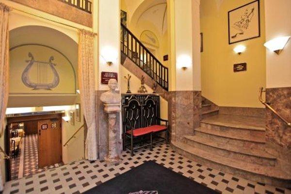 Hotel Viktoria - 17