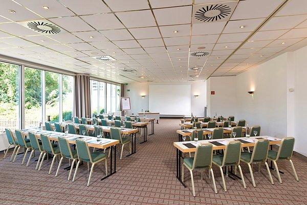 Leonardo Hotel Koln Bonn Airport - фото 11