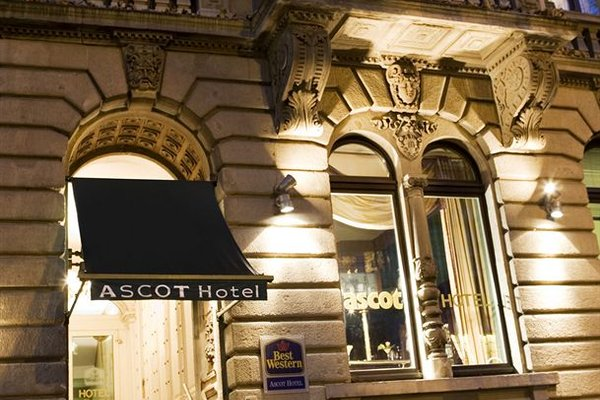 The Ascot Hotel - фото 22