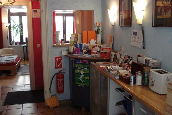 Pinkhomecologne-Guesthouse - фото 8