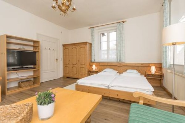 Villa Waldfrieden - Ferienwohnungen und -Haus - фото 8