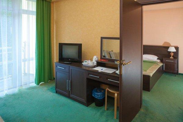 Отель Фламинго 3 - 5