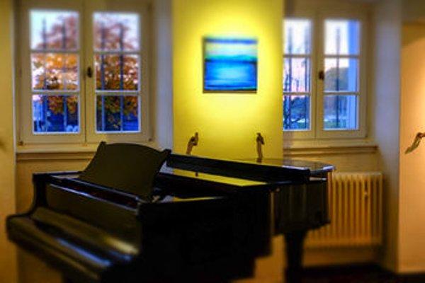 RheinRiver Guesthouse - Art Hotel - 17