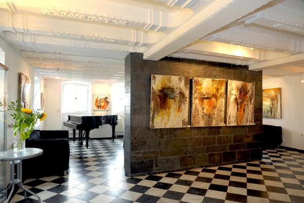 RheinRiver Guesthouse - Art Hotel - 8