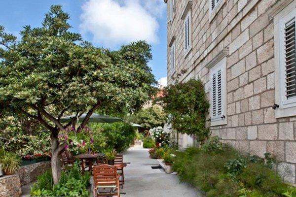 Studios Apartments Miljas 2 - фото 17