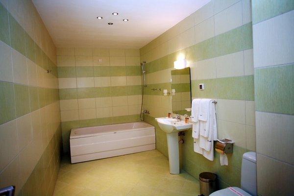Obzor City Hotel - 4