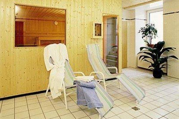 Avantgarde Hotel - 8