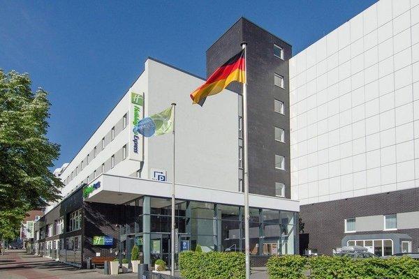 Holiday Inn Express Hamburg City Centre - фото 22