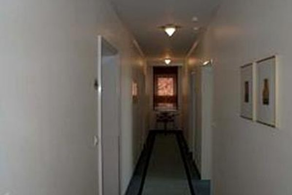 Entree Gross Borstel Garni Hotel - фото 18