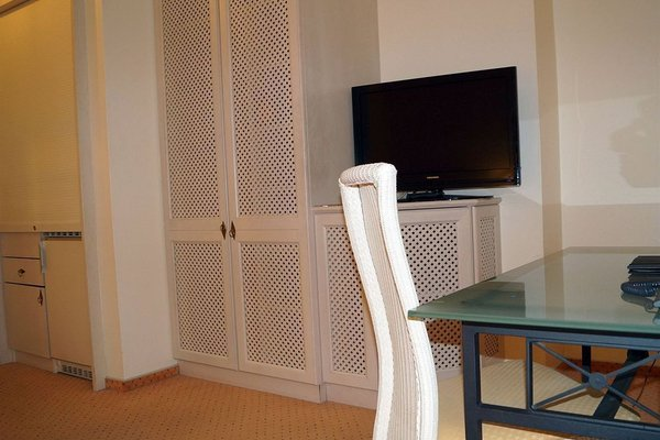 Entree Gross Borstel Garni Hotel - фото 19