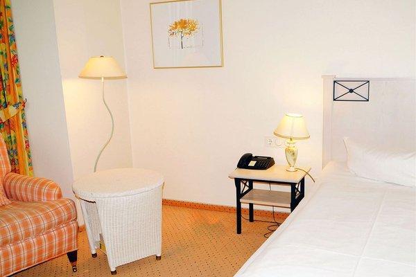 Entree Gross Borstel Garni Hotel - фото 5