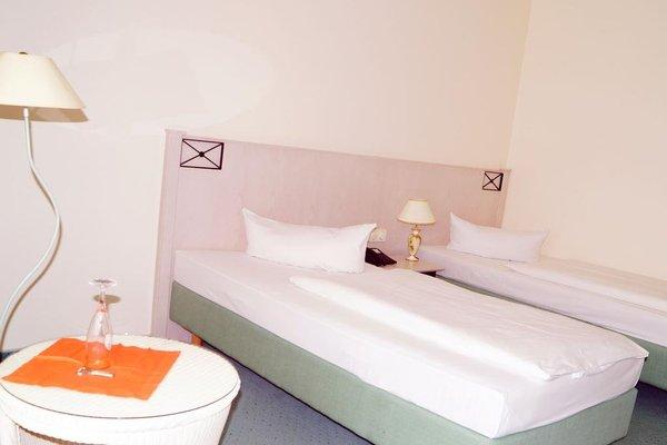 Entree Gross Borstel Garni Hotel - фото 6
