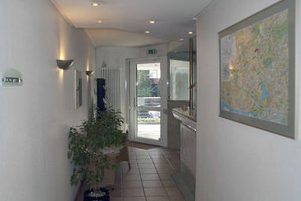 Entree Gross Borstel Garni Hotel - фото 9