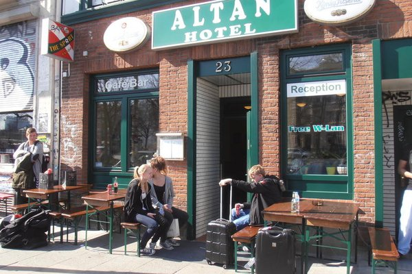 Altan Hotel - фото 11