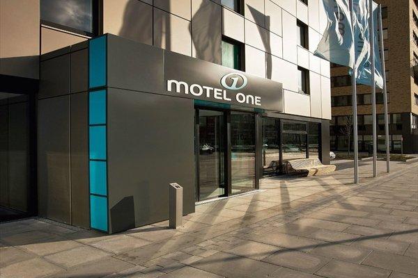Motel One Hamburg-Alster - 18