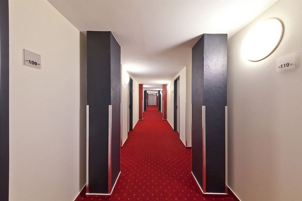 Novum Hotel Belmondo Hamburg Hbf - 18