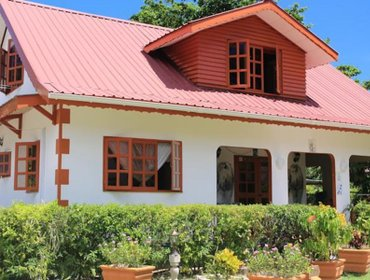 Гестхаус Veronic Self-Catering Guest House