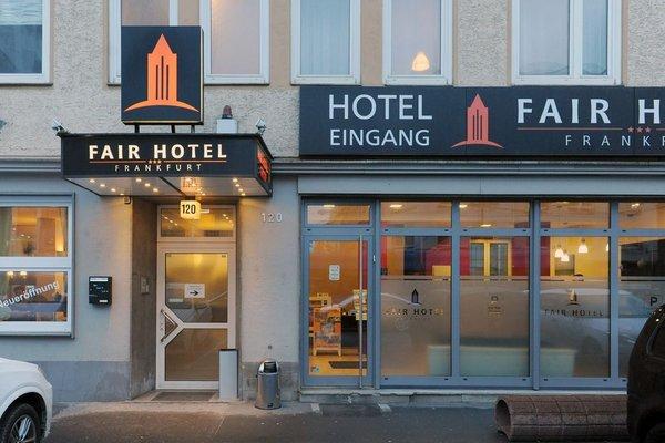 Fair Hotel Europaallee - фото 17