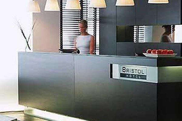 Bristol Hotel - фото 15