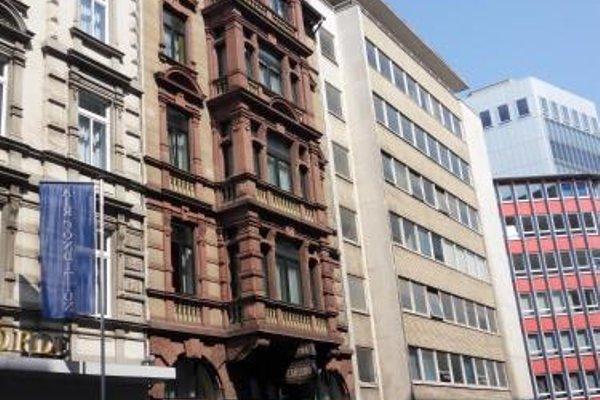 Carlton Hotel - фото 23