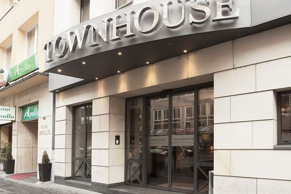 TOWNHOUSE Hotel - 21