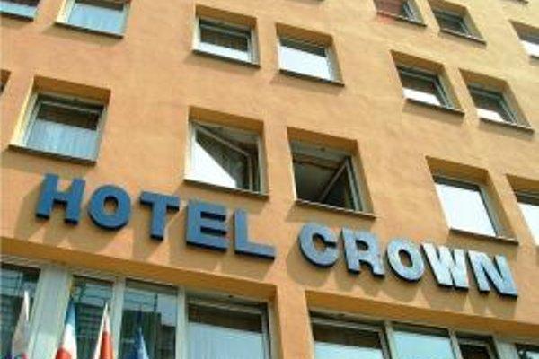 Crown Hotel - фото 23