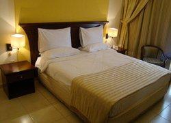 Queen Inn Apartments фото 2