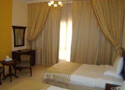 Queen Inn Apartments фото 3