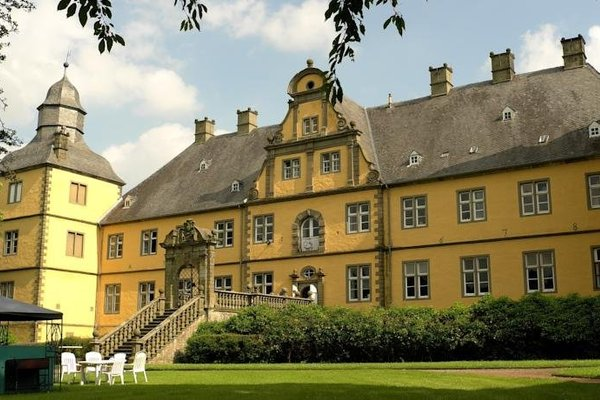 Schlosshotel Eringerfeld - фото 8