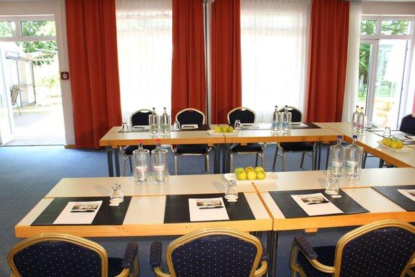 H+ Hotel Erfurt - 17