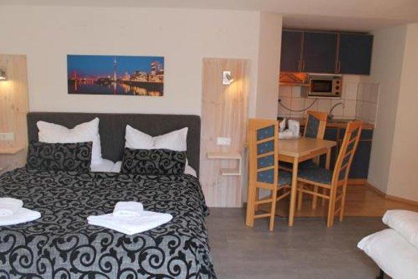 City Lounge Hotel - фото 3