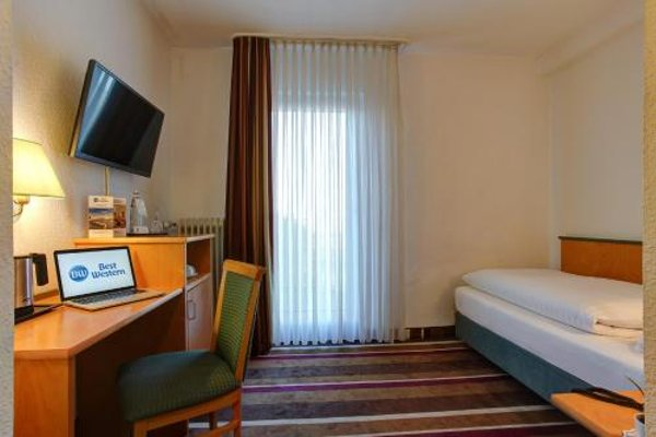 Best Western Ambassador Hotel - фото 4