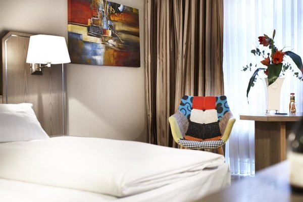Best Western Hotel Dusseldorf City (ех. Best Western Hotel Majestic) - фото 3