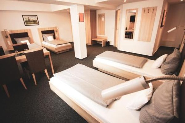 Hotel Am Vogelsanger Weg - фото 42
