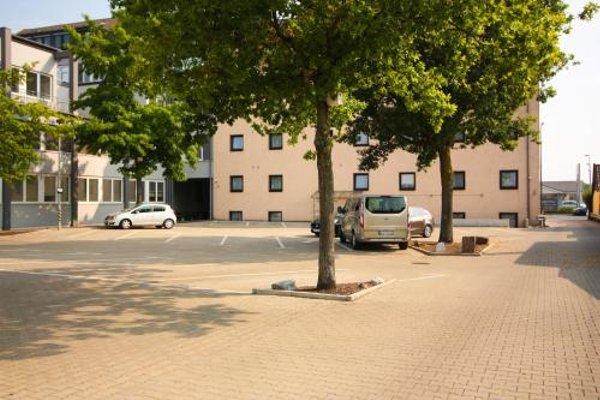 Hotel Am Vogelsanger Weg - фото 19