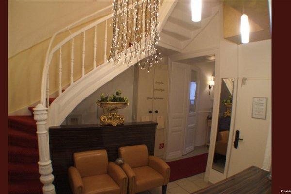 Hotel Am Volksgarten - 17