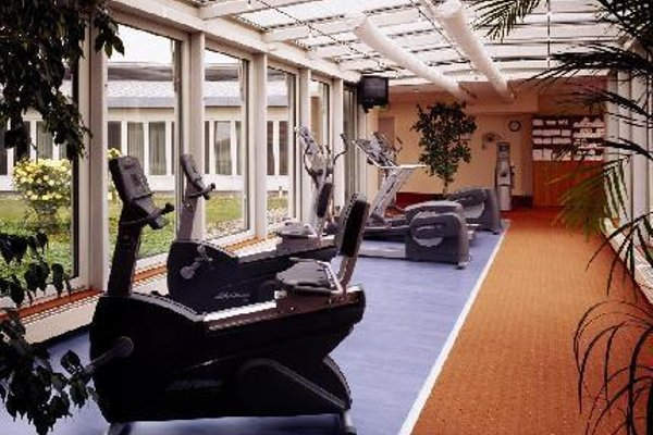Sheraton Dusseldorf Airport Hotel - 18