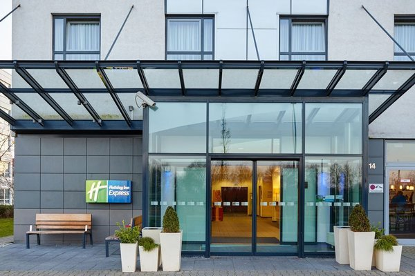 Holiday Inn Express Duesseldorf City Nord - 19